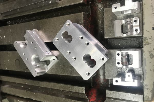 custom-parts-208728F67-A919-431F-712A-91FABEAEDB32.jpg