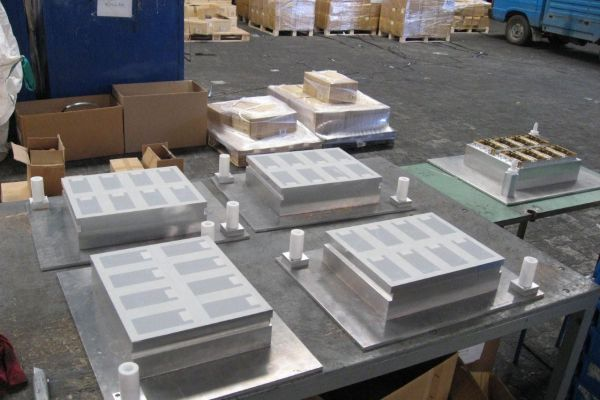 blister-pack-thermoforming-mold-3BCF20FA9-4E1B-F579-7710-BD7490C5AA67.jpg