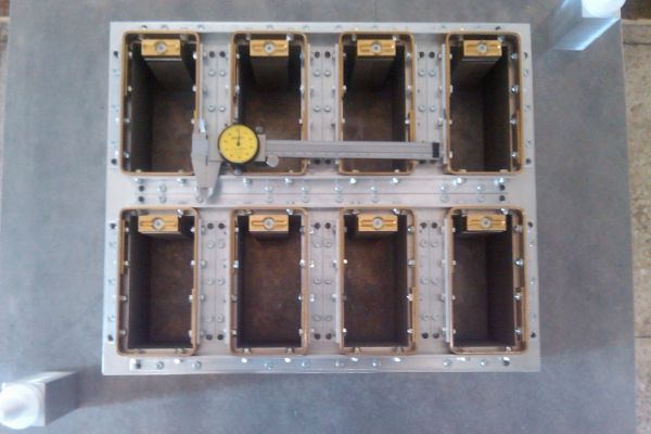 blister-pack-thermoforming-mold-4FB0910DB-5327-749C-D864-2BECEB9F13A8.jpg