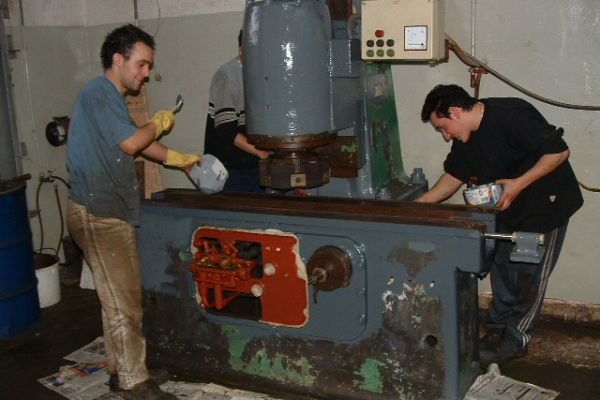 typical-rebuilding-of-vertcial-surface-grindig-machineA989CCF5-E6F7-0405-C24A-CEC900D0471F.jpg